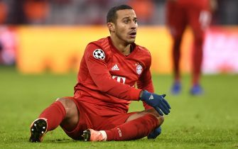 epa08065614 Bayern's Thiago during the UEFA Champions League group B soccer match between FC Bayern Munich and Tottenham Hotspur at the Allianz Arena in Munich, Germany, 11 December 2019.  EPA/LUKAS BARTH-TUTTAS