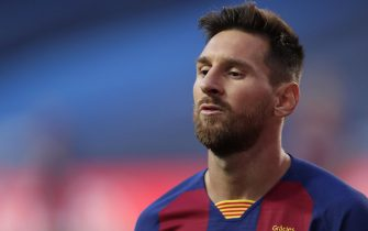 epa08604127 Lionel Messi of Barcelona reacts during the UEFA Champions League quarter final match between Barcelona and Bayern Munich in Lisbon, Portugal, 14 August 2020.  EPA/Manu Fernandez / POOL