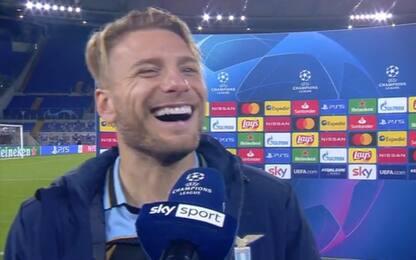 """Ciro scherza col microfono: """"Devo cantare?"""". VIDEO"""