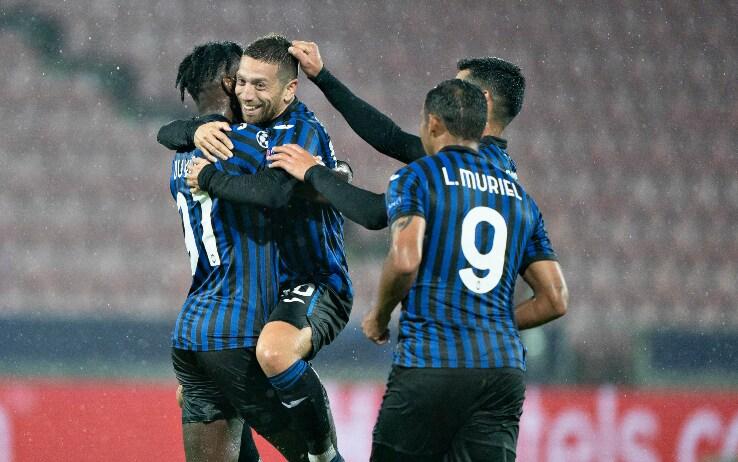 L'Atalanta festeggia il gol in Champions