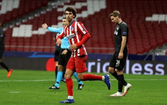 epa08779122 Atletico Madrid's Joao Felix celebrates after scoring the 2-2 goal during the UEFA Champions League Group A soccer match between Atletico Madrid and RB Salzburg at Wanda Metropolitano stadium in Madrid, central Spain, 27 october 2020.  EPA/JUANJO MARTIN