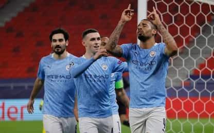 Il City vince, quarti vicini: Gladbach battuto 2-0