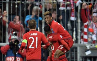 epa05215124 (L-R) Philipp Lahm, Thiago Alcantara and Thomas Mueller and Kingsley Coman of Munich during the UEFA Champions League Round of 16 second leg match between Bayern Munich and Juventus Turin, in Munich, Germany, 16 March 2016.  EPA/ANDREAS GEBERT