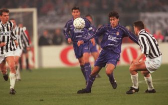 Raul, Real Madrid and Sergio Porrini, Juventus  (Photo by Matthew Ashton/EMPICS via Getty Images)