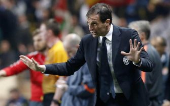 Juventus head coach Massimiliano Allegri gestures during the UEFA Champions League quarter final second leg soccer match between AS Monaco and Juventus FC at Stade Louis II stadium in Monaco, 22 April 2015.
