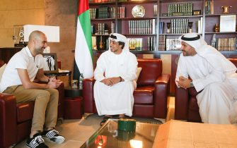 ABU DHABI, UNITED ARAB EMIRATES - MARCH 14:  Pep Guardiola meets HH Sheikh Mansour bin Zayed Al Nahyan and Manchester City chairman Khaldoon Al Mubarak at the Presidential Affairs Office in Abu Dhabi on March 14, 2018 in Abu Dhabi, United Arab Emirates.  (Photo by Victoria Haydn/Manchester City FC via Getty Images)