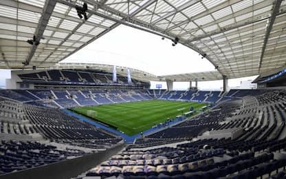 La finale di Champions si sposta: si gioca a Porto