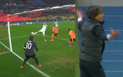 Dzeko sbaglia un gol fatto, Inzaghi si dispera