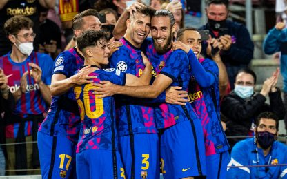 Piqué-gol, vince il Barça. Ok anche il Salisburgo