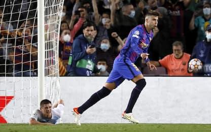 Piqué raggiunge Roberto Carlos: Shakira lo esalta