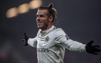 epa07149564 Real Madrid's Gareth Bale celebrates after scoring the 0-4 goal during the UEFA Champions League group G soccer match between Viktoria Plzen and Real Madrid in Plzen, Czech Republic, 07 November 2018.  EPA/MARTIN DIVISEK