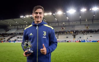 MALMO, SWEDEN - SEPTEMBER 14: Paulo Dybala of Juventus awarded the best player of the match during the UEFA Champions League group H match between Malmo FF and Juventus at Eleda Stadium on September 14, 2021 in Malmo, Sweden. (Photo by Daniele Badolato - Juventus FC/Juventus FC via Getty Images)