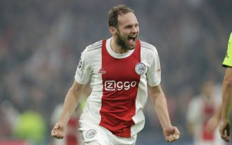 AMSTERDAM, NETHERLANDS - OCTOBER 19: Daley Blind of Ajax celebrate scoring second Ajax goal of the evening during the Group C - UEFA Champions League match between Ajax and Borussia Dortmund at Johan Cruijff ArenA on October 19, 2021 in Amsterdam, Netherlands (Photo by Peter Lous/BSR Agency/Getty Images)