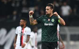 Sporting Lisbon's Sebastiaan Coates celebrates after scoring a goal during the UEFA Champions League Group C football match between Besiktas and Sporting CP at Vodafone Park stadium in Istanbul on October 19, 2021. (Photo by Ozan KOSE / AFP) (Photo by OZAN KOSE/AFP via Getty Images)
