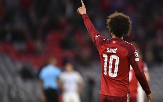 epa09496371 Bayern's Leroy Sane celebrates after scoring the 4-0 goal during the UEFA Champions League group E soccer match between Bayern Munich and Dynamo Kiev in Munich, Germany, 29 September 2021.  EPA/Lukas Barth-Tuttas