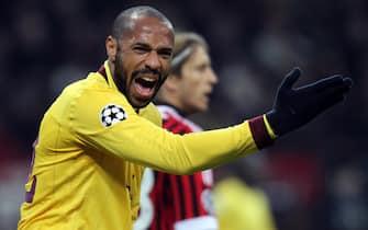 Il giocatore dell'Arsenal Thierry Henry durante la gara persa contro il Milan   questa sera, 15 febbraio 2012, allo stadio Giuseppe Meazza di Milano per l'andata degli ottavi di Champions League.MATTEO BAZZI / ANSA
