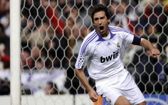 Real Madrid's captain Raul Gonzalez celebrates after scoring against Roma during a Champions league return leg football match at the Santiago Bernabeu stadium in Madrid on March 5, 2008.  AFP PHOTO/CARMELO RUBIO (Photo credit should read CARMELO RUBIO/AFP/Getty Images)