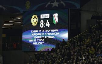 epa05643064 The scoreboard after the UEFA Champions League group F soccer match between Borussia Dortmund and Legia Warsaw in Dortmund, Germany, 22 November 2016.  EPA/INA FASSBENDER