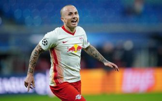 epa08760197 Leipzig's Jose Angelino celebrates after scoring the 2-0 lead during the UEFA Champions League group stage soccer match between RB Leipzig and Istanbul Basaksehir in Leipzig, Germany, 20 October 2020.  EPA/CLEMENS BILAN