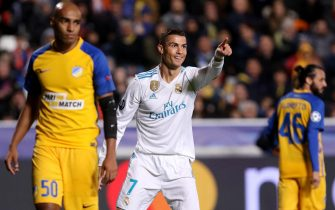 epaselect epa06342938 Real Madrid's player Cristiano Ronaldo celebrates a goal during the UEFA Champions League Group H match between Apoel FC and Real Madrid at the GSP stadium in Nicosia, Cyprus, 21 November 2017.  EPA/KATIA CHRISTODOULOU