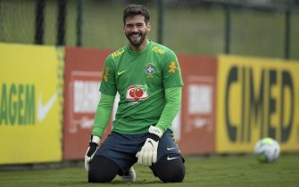 Alisson of Brazil during training session in Granja Comary / PRESSINPHOTO