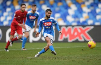 NAPLES, ITALY - JANUARY 14: Lorenzo Insigne of SSC Napoli scores the 2-0 goal via penalty during the Coppa Italia match between SSC Napoli and Perugia on January 14, 2020 in Naples, Italy. (Photo by Francesco Pecoraro/Getty Images)