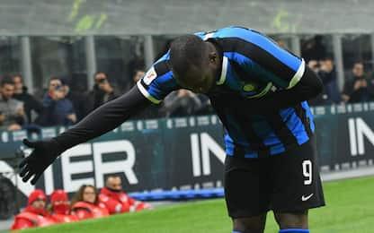 Lukaku super, Inter ai quarti: 4-1 al Cagliari