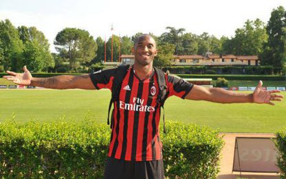 Milan, minuto di silenzio per Kobe in Coppa Italia