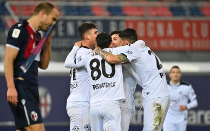 Viola agli ottavi: avanti Parma, Cagliari e Spezia