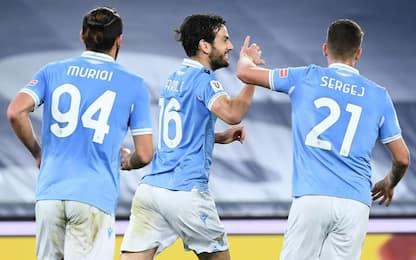 La Lazio vince al 90' e va ai quarti: Parma ko 2-1