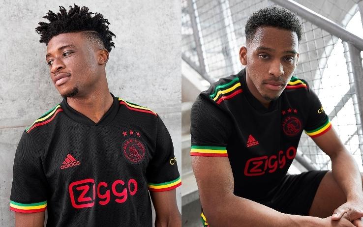 La terza maglia dell'Ajax (foto)