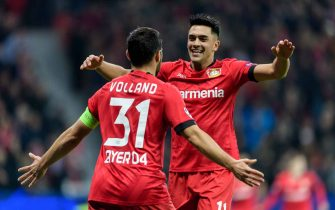 LEVERKUSEN, GERMANY - NOVEMBER 06: Kevin Volland and Nadiem Amiri (R) of Leverkusen celebrate their teams second goal during the UEFA Champions League group D match between Bayer Leverkusen and Atletico Madrid at BayArena on November 6, 2019 in Leverkusen, Germany. (Photo by Jörg Schüler/Getty Images)