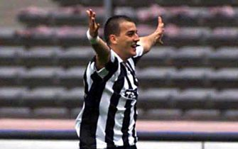15 Oct 2000:  Darko Kovacevic of Juventus celebrates scoring a goal during the Serie A league match between Juventus and Bari played at the Stadio Delle Alpi, Turin, Italy. Mandatory Credit: Grazia Neri/ALLSPORT