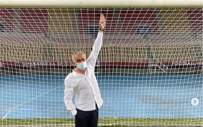 Porte troppo piccole, Mourinho le fa cambiare