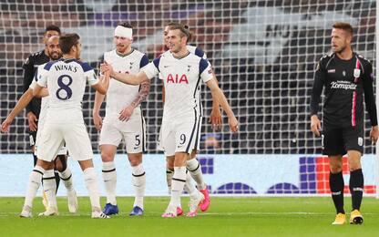 Spurs facile, Arsenal in rimonta. Goleada Bayer