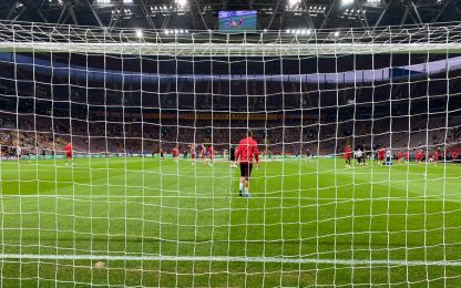 8 partite LIVE, Leverkusen sotto 1-0: direttagol