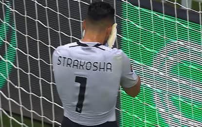 Lazio, il clamoroso autogol di Strakosha. VIDEO