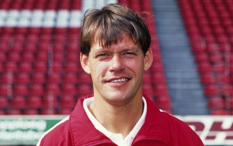 Team Manager Frank Arnesen during the team presentation of PSV in 1992 in Eindhoven, The Netherlands (Photo by VI Images via Getty Images)