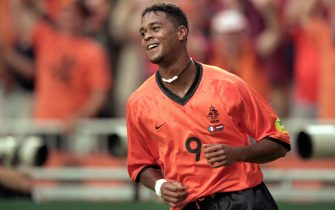 21 Jun 2000:  Patrick Kluivert of Holland celebrates during the European Championships 2000 Group D match against France at the Amsterdam ArenA, Amsterdam, Holland. Holland won 3-2. \ Mandatory Credit: Shaun Botterill /Allsport