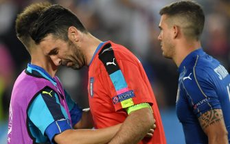 Italy goalkeeper Gianluigi Buffon shows his dejection at tje end of the UEFA EURO 2016 quater final between Germany and Italy at the Stade de Bordeaux in Bordeaux, France, 2 July 2016.Ansa/Daniel Dal Zennaro