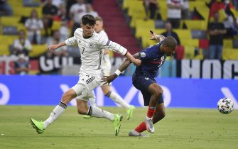 Kai HAVERTZ (GER), action, duels versus Presnel KIMPEMBE (FRA). Group stage, preliminary round group F, game M12, France (F) - Germany (GER) 1-0 on June 15, 2021 in Muenchen / Fussball Arena (Alliianz Arena). Football EM 2020 from 06/11/2021 to 07/11/2021.
