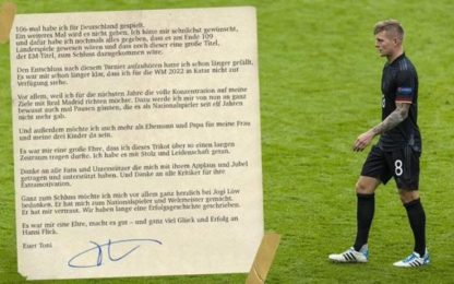 """Kroos dà l'addio alla Germania: """"È stato un onore"""""""