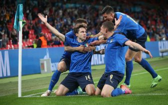 Federico Chiesa of Italy celebrates scoring their first goal with team mates during the UEFA Euro 2020 last 16 match at Wembley Stadium, LondonPicture by Paul Chesterton/Focus Images/Sipa USA 26/06/2021