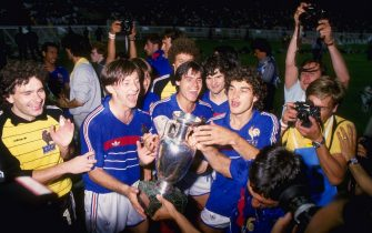 Jun 1984:  France celebrate victory over Spain by 2-0 in the final of the European nations cup which was held in Paris, France.    Mandatory Credit: Allsport UK
