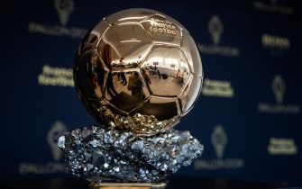 TOPSHOT - The Ballon d'Or trophy is displayed during a press conference to present the new Ballon d'Or trophy, on the outskirts of Paris, on September 19, 2019. (Photo by Thomas SAMSON / AFP)        (Photo credit should read THOMAS SAMSON/AFP via Getty Images)