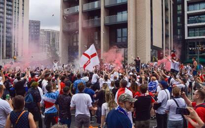 Uefa punisce Inghilterra: due gare a porte chiuse