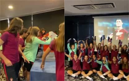 CR7, il regalo alle ragazze dell'U17 portoghese