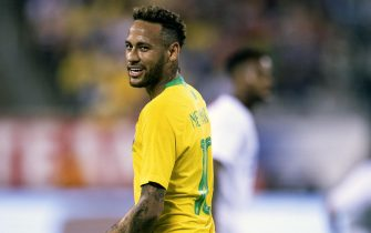 epa07004651 Neymar of Brazil looks on during the second half of the friendly match between the national teams of the United States and Brazil at MetLife Stadium in East Rutherford, New Jersey, USA, 07 September 2018.  EPA/COREY SIPKIN