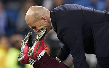 Aidoo cade e travolge Zidane: scontro virale. FOTO