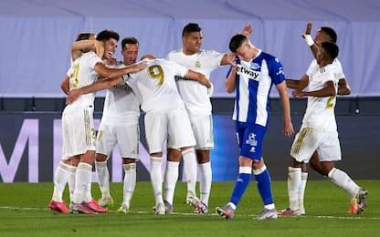 Il Real stende 2-0 l'Alavés: la Liga è più vicina